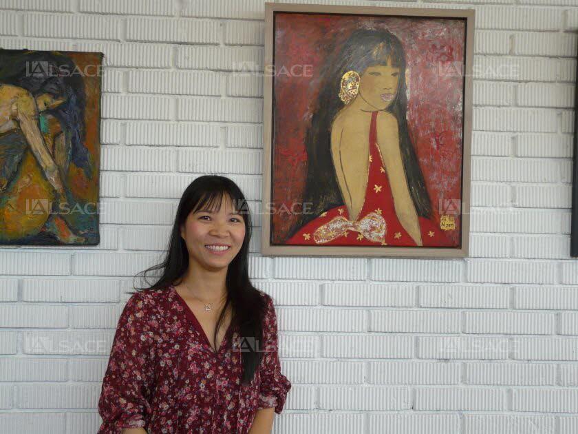nina-van-anh-nguyen-heckel-fait-decouvrir-la-peinture-a-la-laque-originaire-de-chine-photo-l-alsace-1471185219